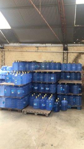 Bombona de água mineral vasia r$ 12.00  - Foto 3