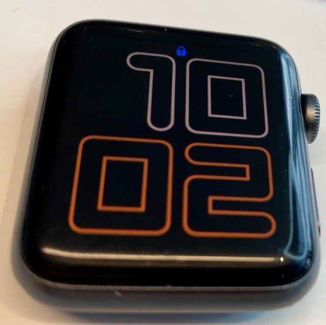 Apple Watch Serie 3 - GPS - 42mm com cabo carregador - Foto 3