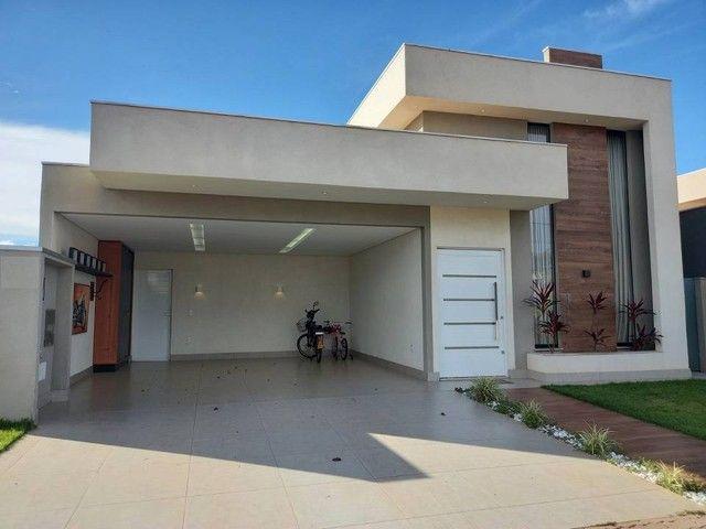 Casa Térrea no Condomínio Residencial Alphaville II, 180 m² com 3 suítes