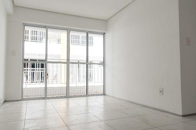 (2054 FL) Apartamento Padrão Na Zona Leste - Foto 2