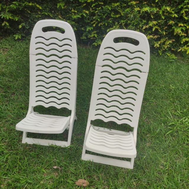 Conjunto 4 cadeiras piscina plástico - Foto 2