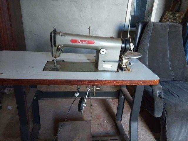 Maquina Reta Industrial (Parcelamos No Cartão) - Foto 2