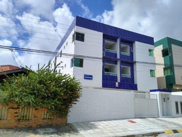 Apartamento no Bancários com 02 quartos e varanda