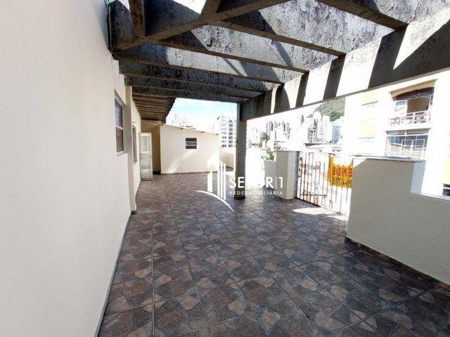 Cobertura com 3 quartos para alugar, 159 m² por R$ 1.500/mês - Centro - Juiz de Fora/MG