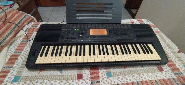 Teclado Yamaha PSR 520 - Foto 3