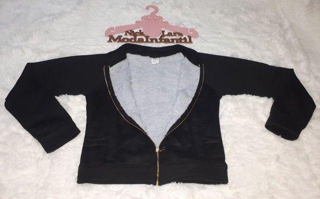 Jaquetas juvenil peluciada por dentro feminina  - Foto 6