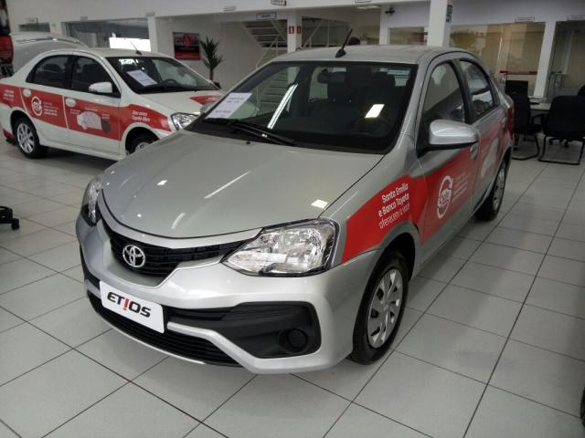 TOYOTA ETIOS 1.5 XS SEDAN 16V FLEX 4P MANUAL.