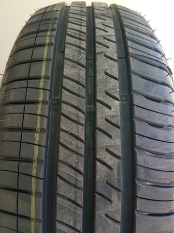 Pneu Michelin 195/60r15