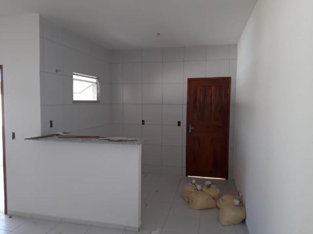 Excelente casa 8m de frente com doc. grátis - Foto 3
