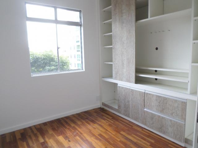 Beânia: 3 quartos 2 vagas ótima localização - Foto 5