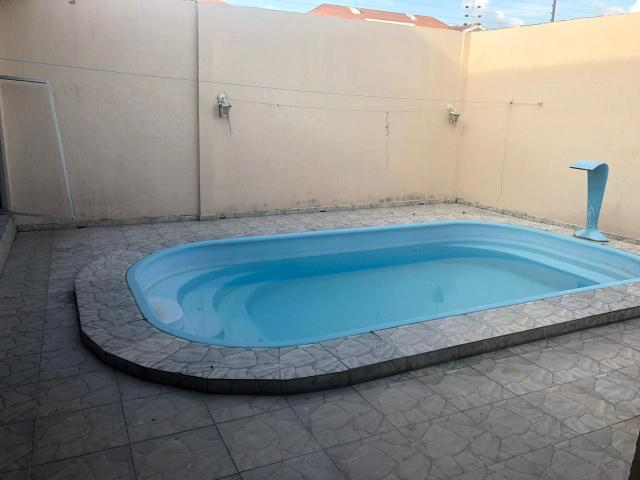 Linda casa com piscina no parque das laranjeiras - Foto 2