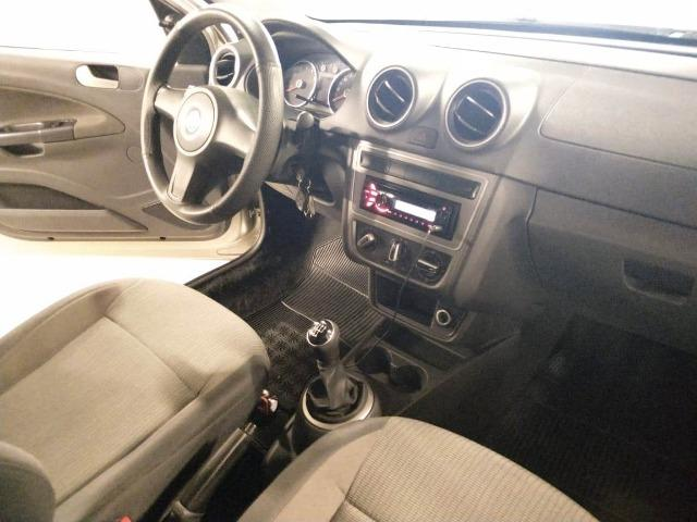 Volkswagen Voyage Trend 1.6 Flex Mec. Completo - Foto 4