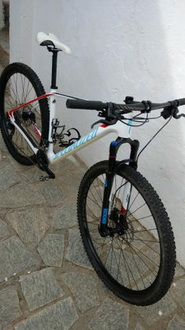 2015 Specialized Stumpjumper Carbono pouquíssimo uso top bike - Foto 3