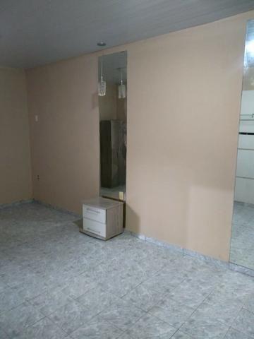 Alugo linda Casa com 03 Quartos sendo 1 Suíte em Manoa - Foto 8