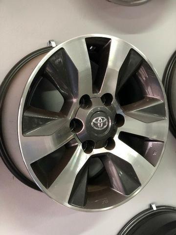Rodas Aro 17 Toyota Hilux Original SRV Graphite Diamond - Foto 7