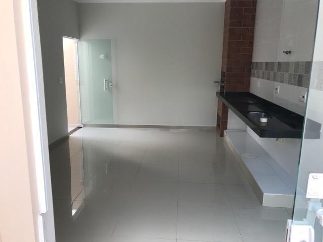 Casa nova 150m em condomínio fechado - suite - closet - area de churrasco - Foto 13