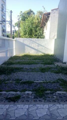 Apartamento duplex, quadra do mar, 3 quartos (duas suítes) - Foto 15
