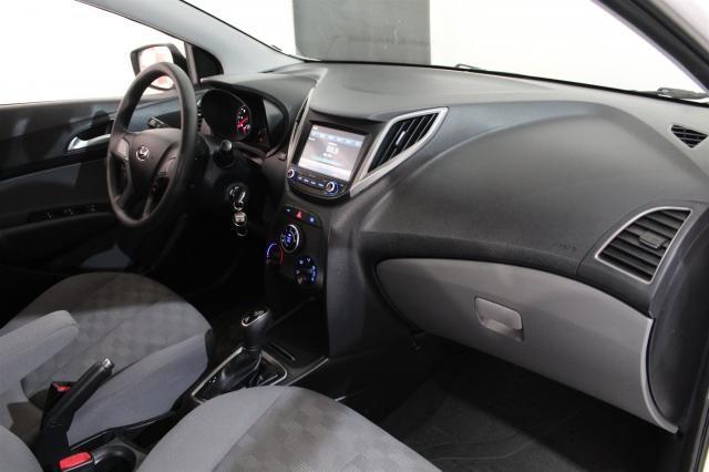 HYUNDAI HB20S 2018/2019 1.6 COMFORT PLUS 16V FLEX 4P AUTOMÁTICO - Foto 4