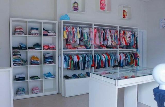 Vende-se loja de roupas e acessórios infantis completa - Foto 2