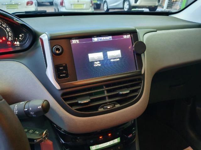 Peugeot 208 Allure - 16,9 km/l - Foto 5