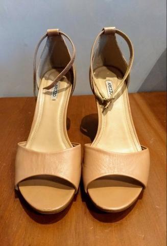 143554f83 Lote de sandálias Arezzo - pechincha - Roupas e calçados - Batista ...
