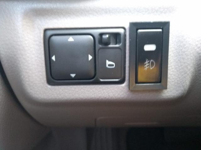 Nissan Livina 1.8 2010 Câmbio Automático - Foto 15