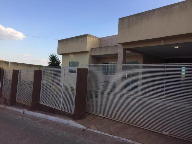 Casa moderna 3 qtos lote 400 m Cond fechado - Foto 4