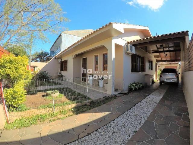 Casa à Venda no Bairro Parque Pinheiro 4 Dorm, Lareira, Churrasqueira, Piscina