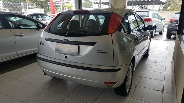 Focus ghia 2.0 aut 2008 carro muito conservado - Foto 4