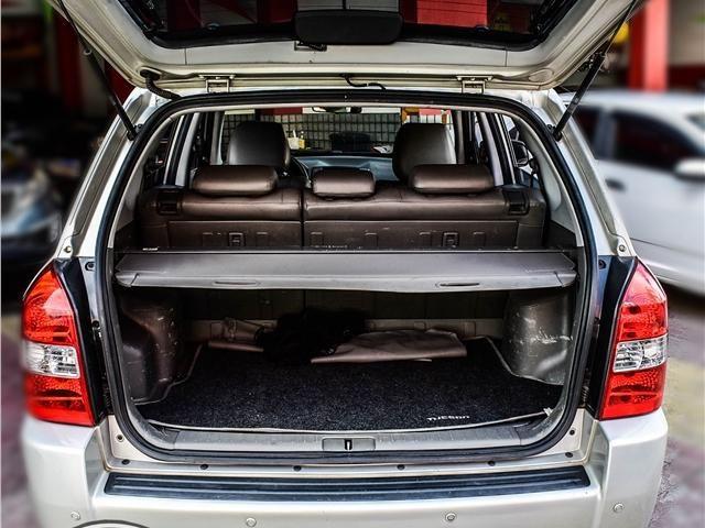 Hyundai Tucson 2.0 Mpfi Gls 143cv 2wd Flex 4p Aut Completo + 2019 Vist - Foto 7