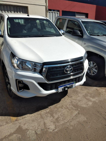 Vendo Toyota Hilux - Foto 3