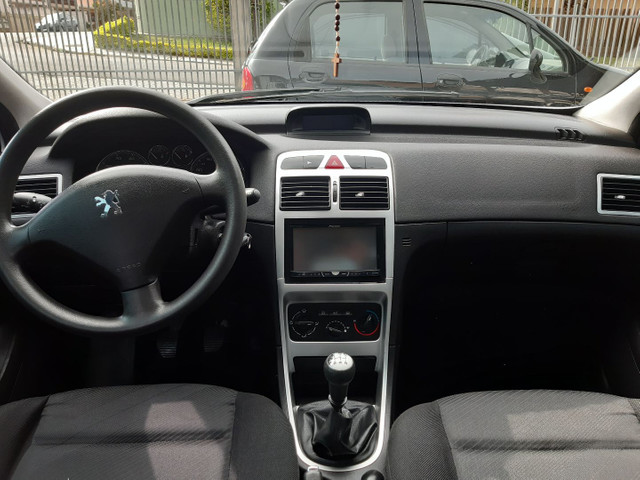Peugeot 307 precense Pack 1.6 com Teto - Foto 5