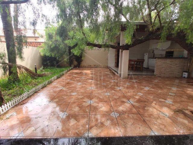 Casa à venda com ótimo quintal no Jardim Paraná - Foto 15