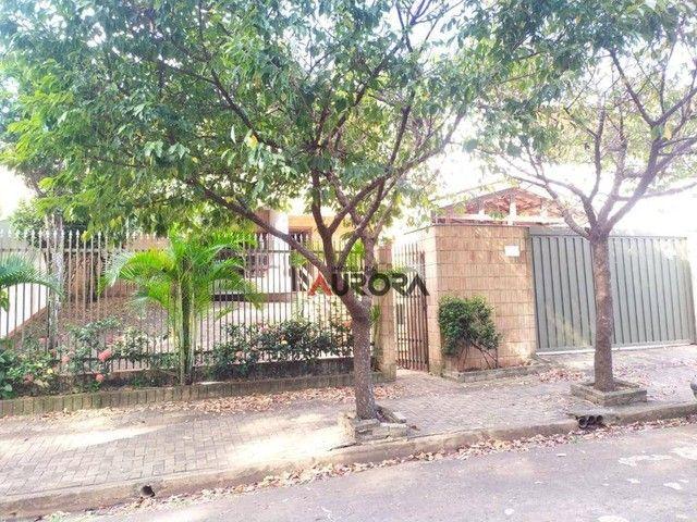 Sobrado com 4 dormitórios para alugar, 370 m² por R$ 5.700,00/mês - Araxá - Londrina/PR - Foto 2