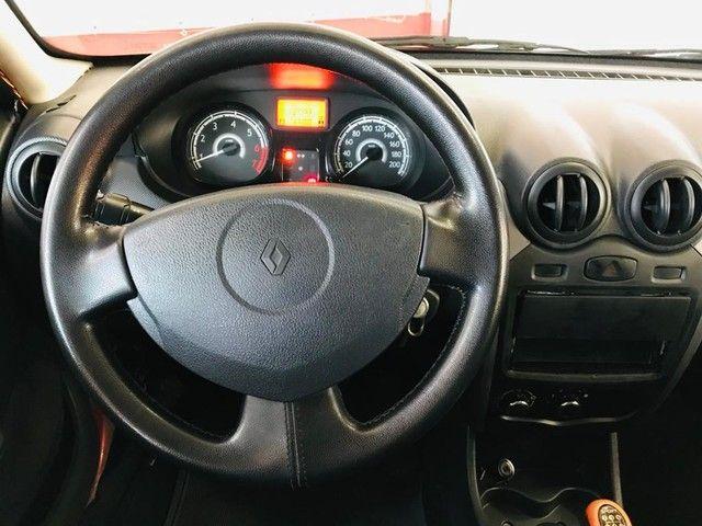 Renault Sandero  Authentique 1.0 16V (flex) FLEX MANUAL - Foto 12