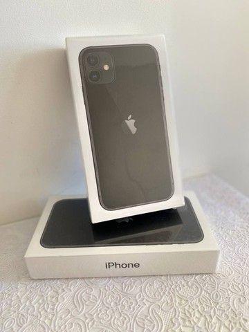 iPhone 11 64GB, NOVO, Lacrado, Impecável - Foto 2