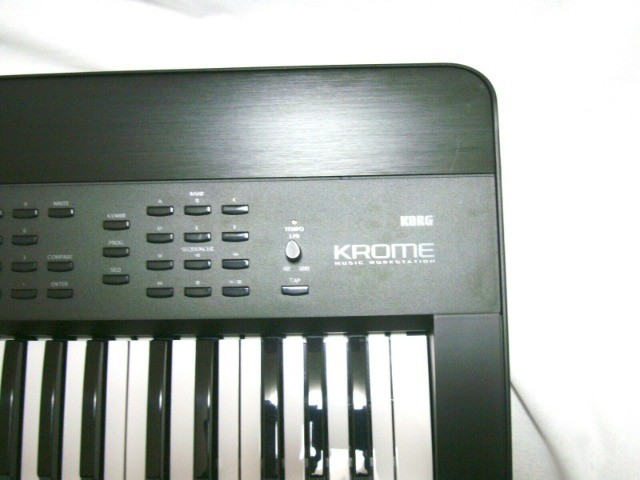 Sintetizador Korg Krome 73 - Foto 5