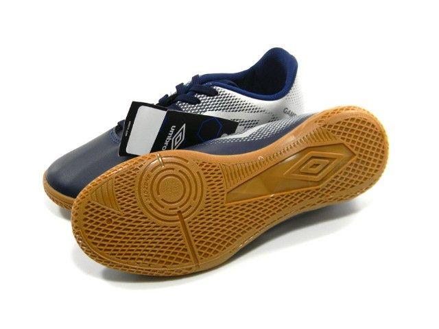 Chuteira Tenis Umbro Game Futsal mrh tam: 39 até 45 - Foto 3
