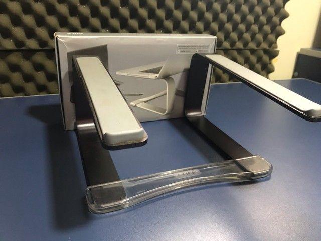 Suporte Para Macbook Pro E Air Em Alumínio - Curv Preto