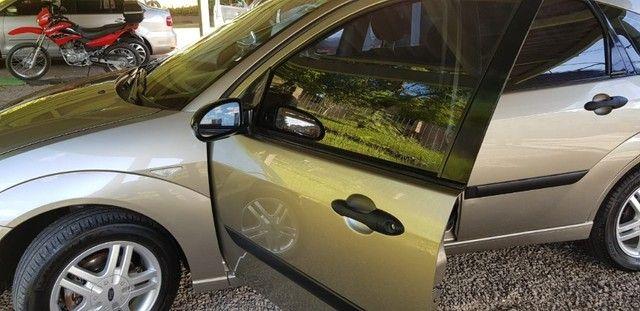 Ford Focus Flex 1.6 - 5p - 2009 - Completo - Foto 15