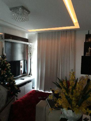 Belíssimo apartamento - 2 quartos, sendo uma suíte - 2 vagas de garagem