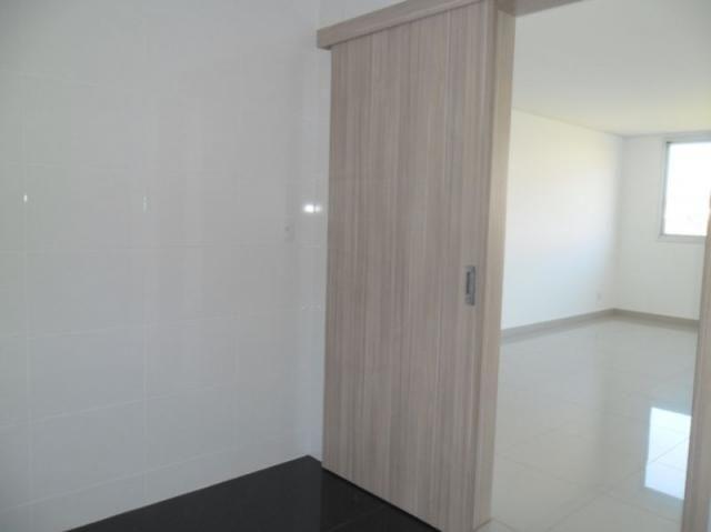 Apartamento 4 quartos, varanda, elevador, 2 vagas livres em condomínio inteligente. - Foto 10