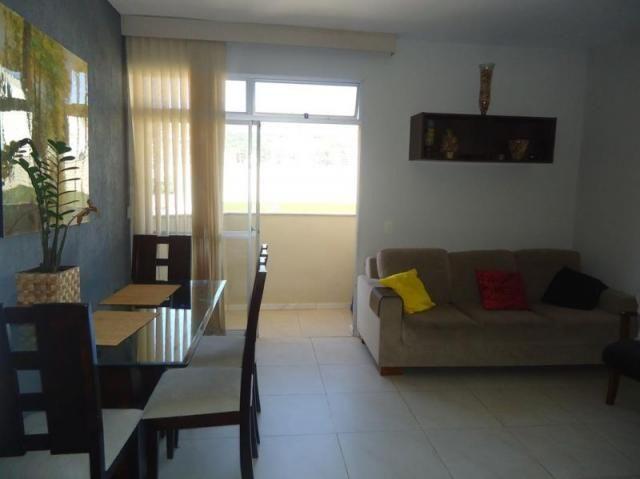Apartamento 3 quartos, sala ampla com varanda e 1 vaga. - Foto 7
