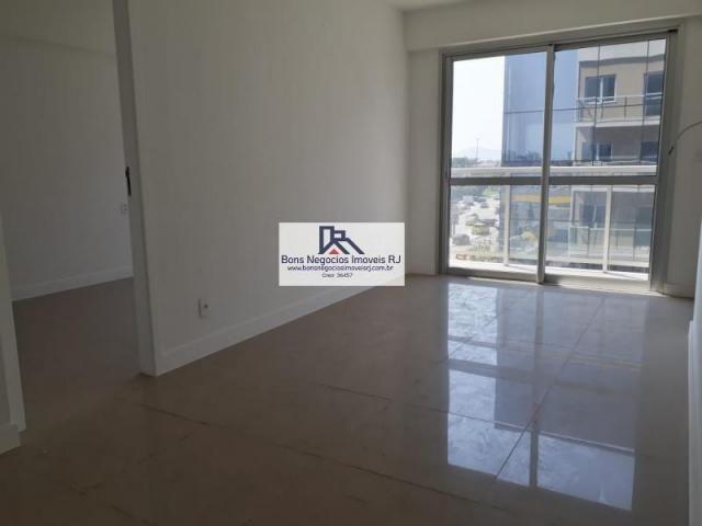 Apartamento para Venda em Rio de Janeiro, Barra da Tijuca, 2 dormitórios, 1 suíte, 2 banhe