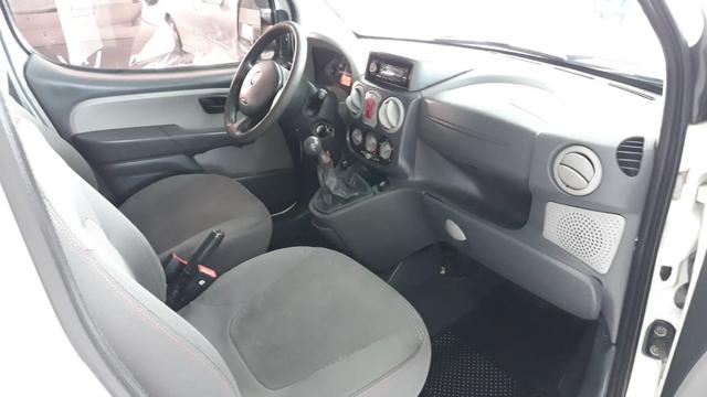 Fiat Doblo Adv. XINGU LOCKER 1.8 Flex - Foto 8