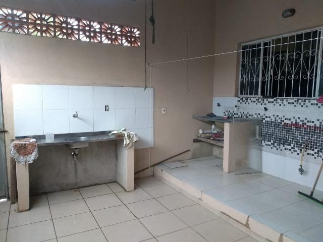 Alugo linda Casa com 03 Quartos sendo 1 Suíte em Manoa - Foto 7