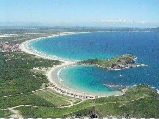 Alugo casa para temporada na Praia do Pero - Cabo Frio Rj