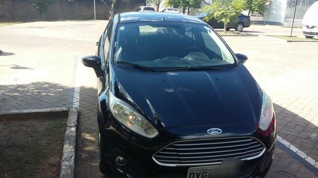 New Fiesta Hatch. Carro da Família. - Foto 6