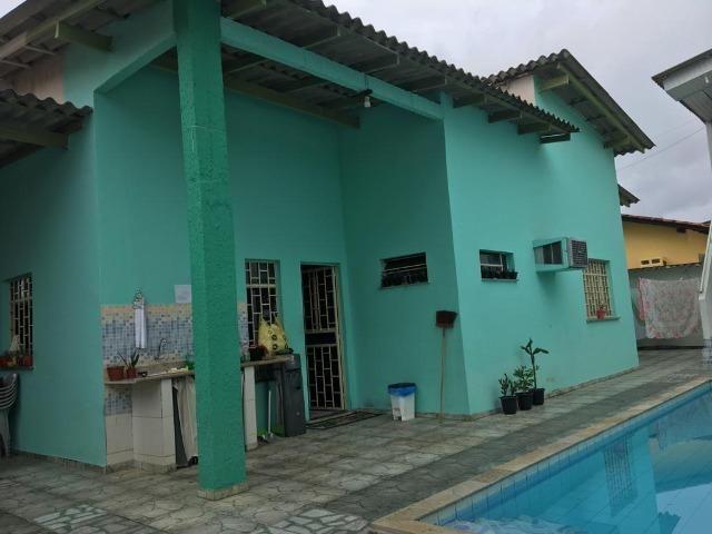 Alugo Linda casa Com Piscina no Parque 10 com 5 Quartos e 2 Suítes - Foto 9