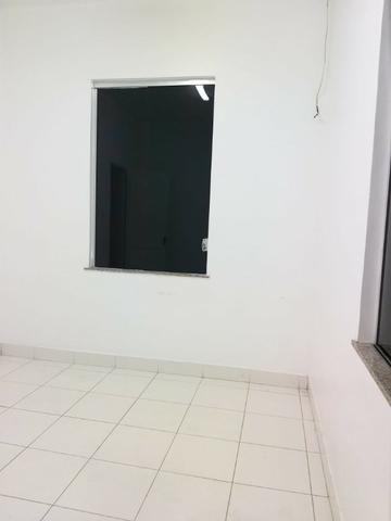 Alugo Excelente casa para fins Comerciais e residenciais Perto do Teatro Amazonas - Foto 2